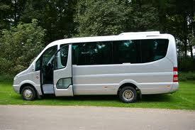 Os quereis desplazar en Salamanca sin preocuparos de nada, tenemos transporte para vuestras despedidas de soltera